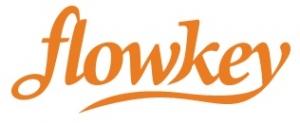 orangenes Logo des Anbieters auf weißem Hintergrund
